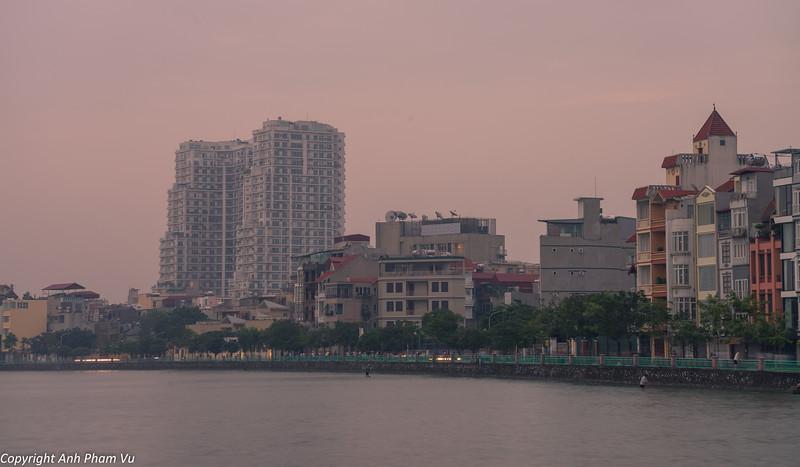 Hanoi Sunrise October 2014 140.jpg