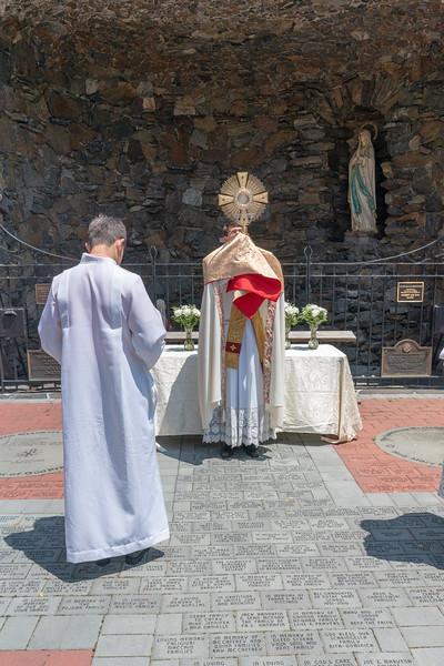 20190623_Corpus_Christi_Procession_NDNHP_049.jpg