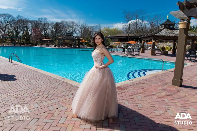 2019-04-13 - HG - Angelina Sweet 16-346_resize.jpg