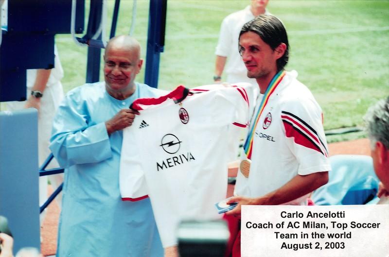 2003-08-03 MIlan Soccer Carlo Ancelotti.jpg