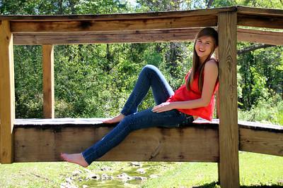 Allison - Senior Pics
