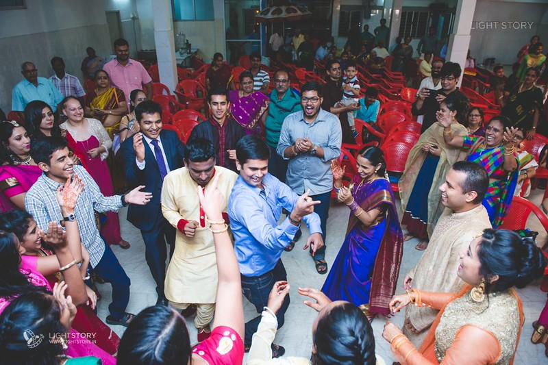 LightStory-Krishnan+Anindita-Tambram-Bengali-Wedding-Chennai-010.jpg
