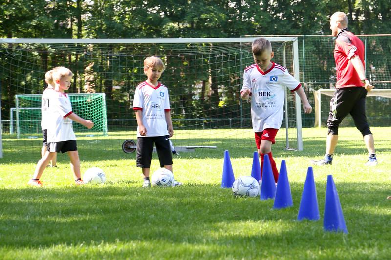 hsv_fussballschule-162_48048031172_o.jpg