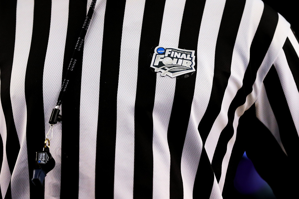 . ARLINGTON, TX - APRIL 05: A referee\'s shirt is seen during the NCAA Men\'s Final Four Semifinal between the Florida Gators and the Connecticut Huskies at AT&T Stadium on April 5, 2014 in Arlington, Texas.  (Photo by Ronald Martinez/Getty Images)