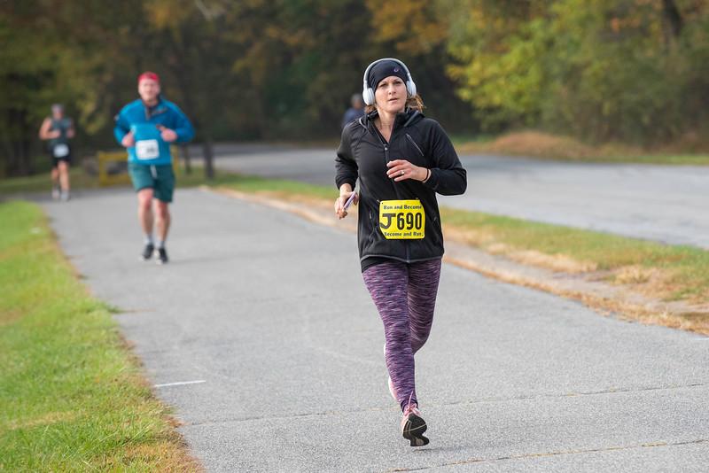 20191020_Half-Marathon Rockland Lake Park_060.jpg