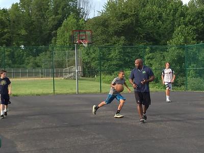 13 Gold Basketball v Dads