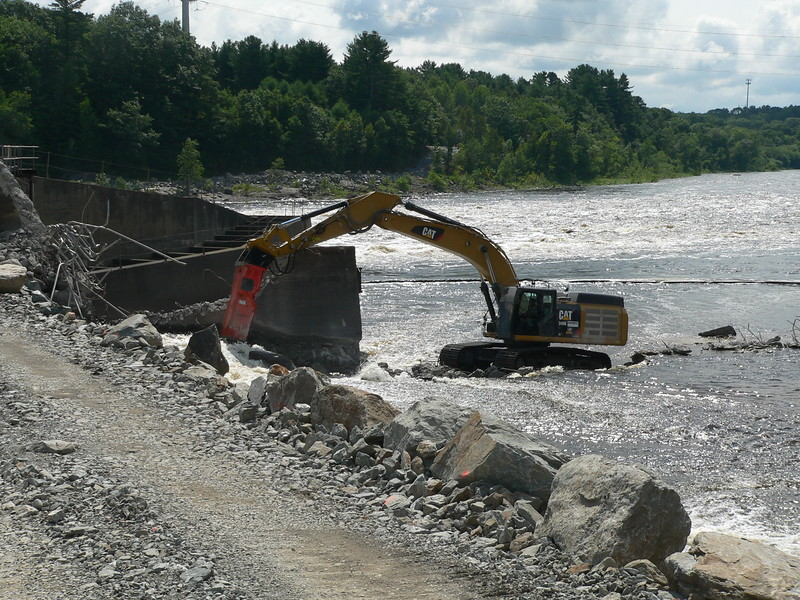 NPK GH23 hydraulic hammer on CAT excavator Maine Dam Demolition (14).JPG