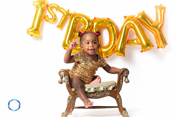 Riyah's First Birthday Shoot