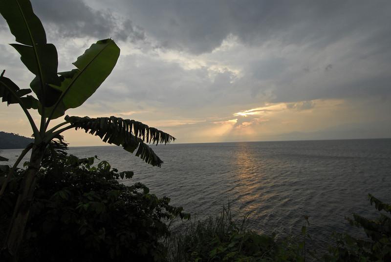 070116 4811 Burundi - Sunset near Bujumbura _E _L ~E ~L.JPG
