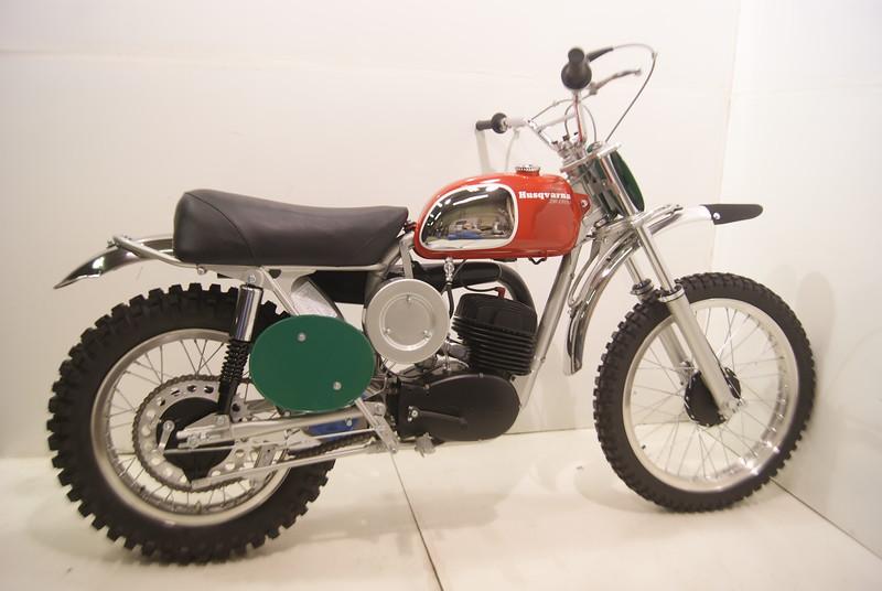 1970Husqvarna  6-17 002.JPG