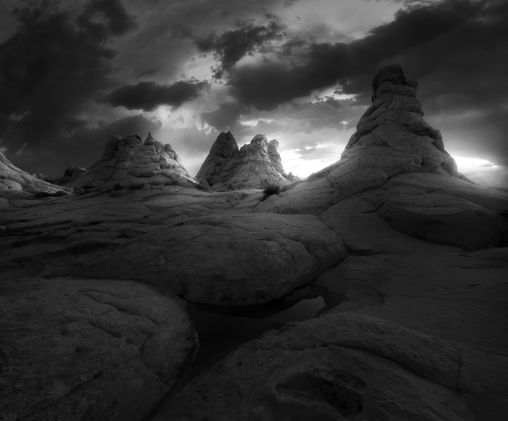 coyote_buttes_sunset _B&W.jpg