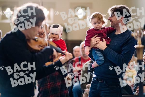 © Bach to Baby 2019_Alejandro Tamagno_Regent's Park_2019-12-21 008.jpg