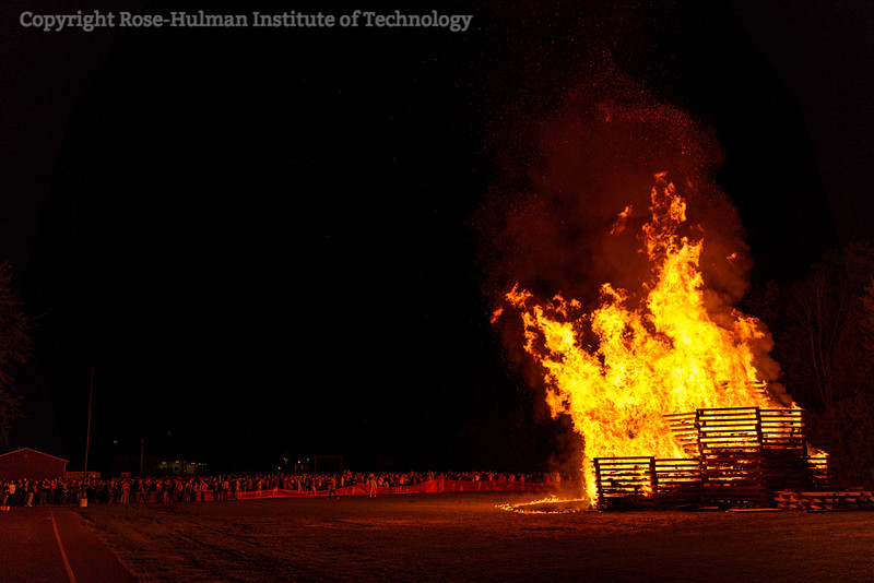 RHIT_Homecoming_2019_Bonfire-7411.jpg