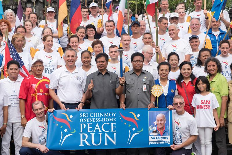 20170131_Peace Run Denpasar w_ViceGov_203.jpg
