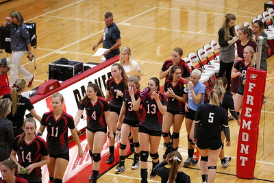 Girls Varsity Volleyball - 10/3/2017 Newaygo