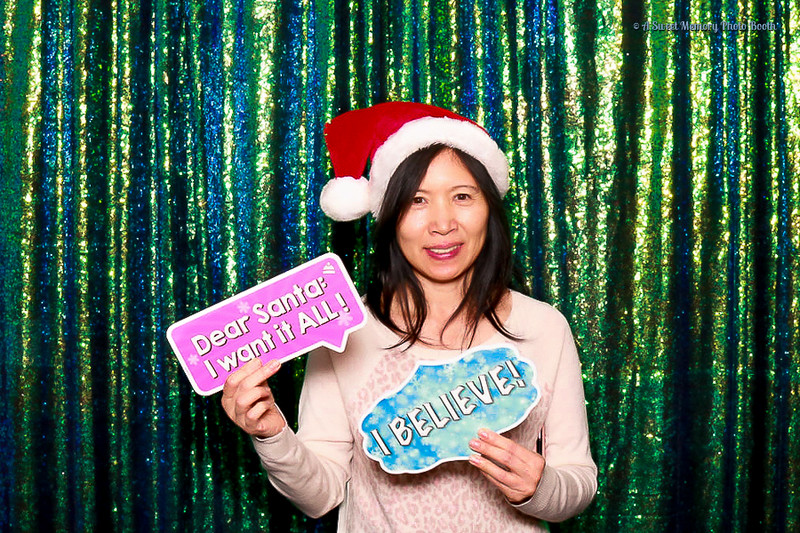 Medtronic Holiday Party -85 - Copy.jpg