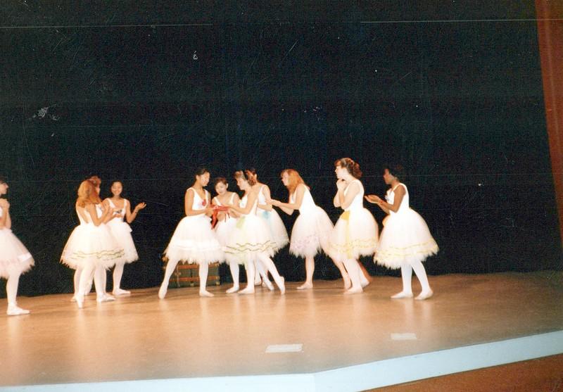 Dance_2207_a.jpg
