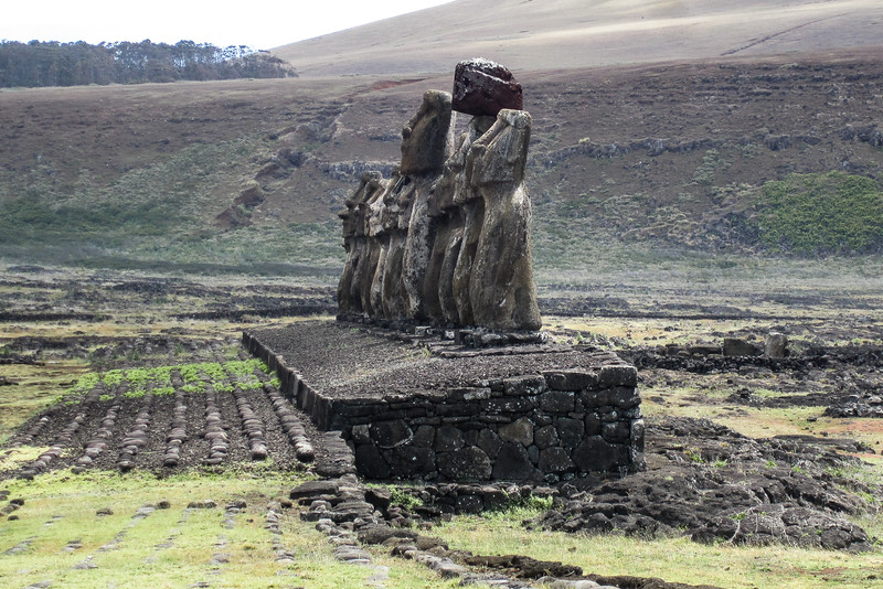 easter-island-statues-moai-ahu-tongariki-2.jpg