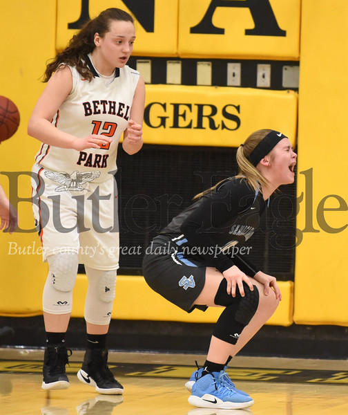 Seneca Valley vs Bethel Park in the WPIAL Class 6-A Girls basketball quarterfinals game at North Allegheny High school