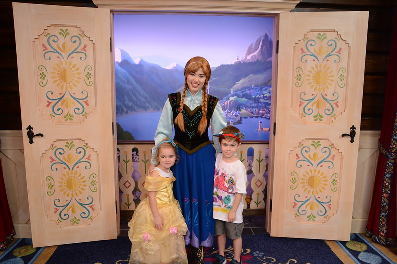 PhotoPass_Visiting_EPCOT_7891144299.jpeg
