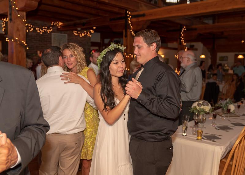 Hartman-Wedding-r-0759.jpg