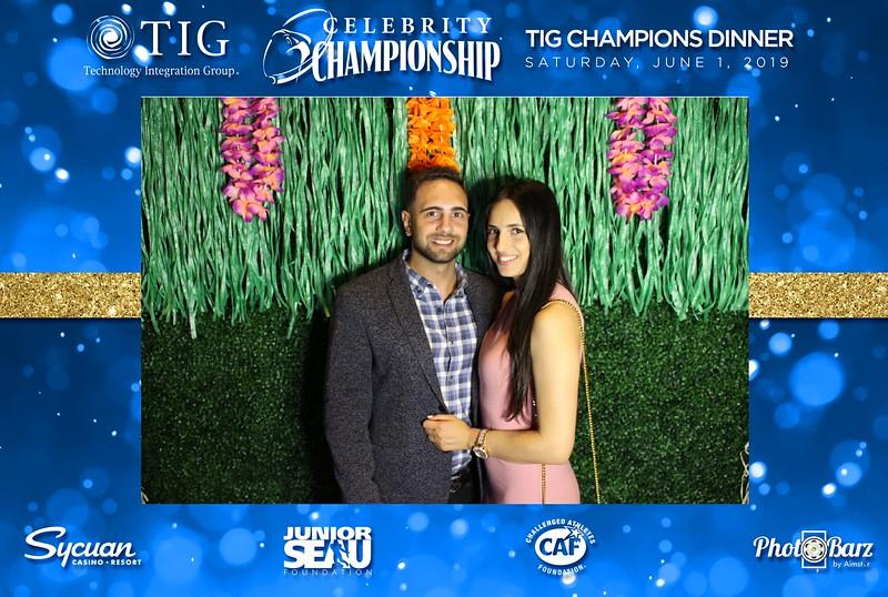 Celebrity Golf Sat Night44.jpg
