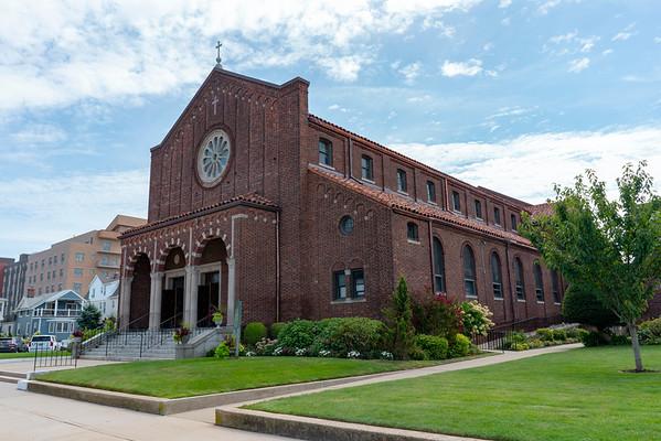 Churches/Religious Organizations