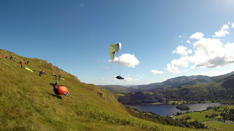 Viv Fouracre takes off at Alcock (Heron Pike) .... late afternoon and about to get REALLY good.