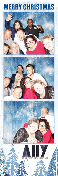 2018 ALLY CHRISTMAS PARTY BOOTH STRIPS_20.jpg