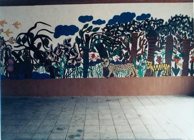 Wir bemalen unsere Pausenhalle 1985