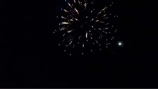 Fireworks-01.MOV
