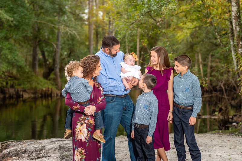 The Rowlands Thankgiving 2019 (9 of 74).jpg
