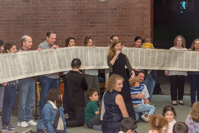 Simchat Torah-325.jpg