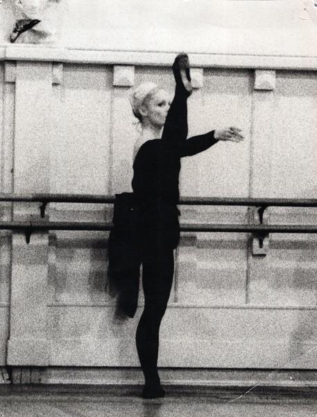 Dance_0840_a.jpg