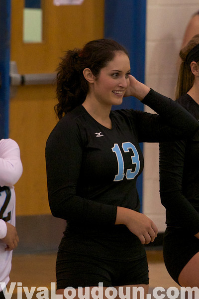 Girls Volleyball: Varsity South Lakes at Stone Bridge (by Jeff Scudder)