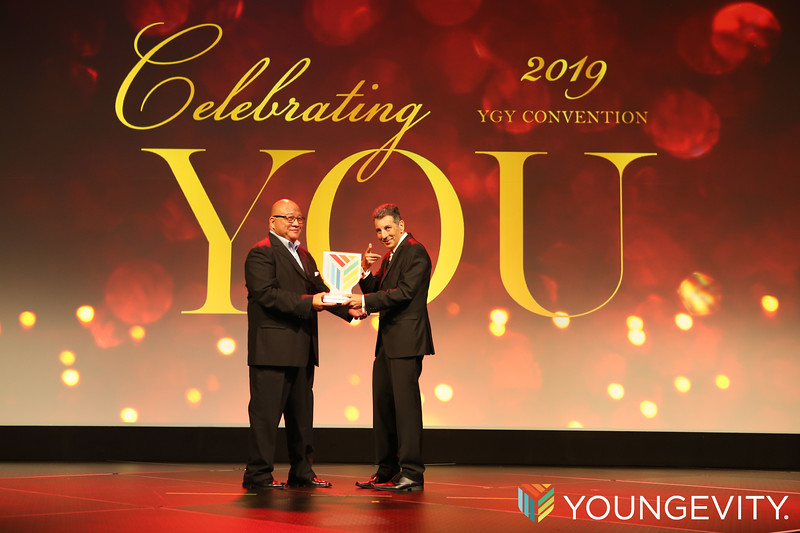 09-20-2019 Youngevity Awards Gala ZG0286.jpg