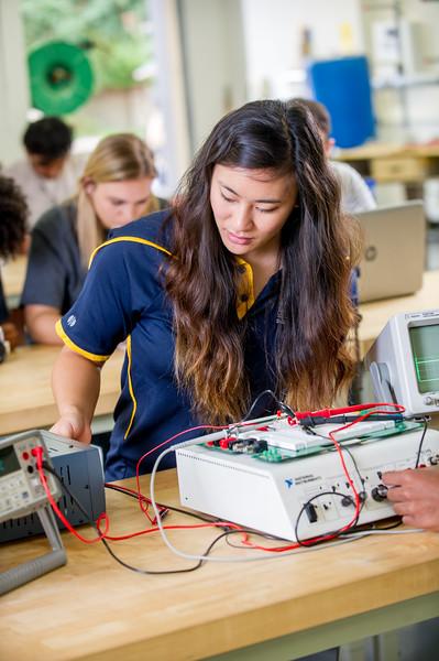 17339-Electrical Engineering-8104.jpg