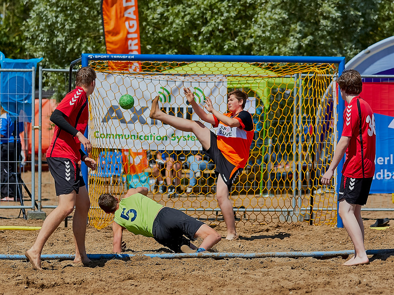 Molecaten NK Beach Handball 2016 dag 1 img 142.jpg