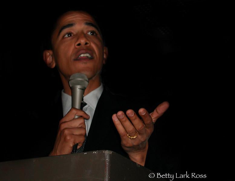Obama photo 11x8.5 2008.jpg