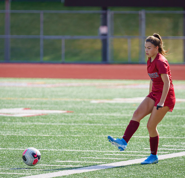 2019-09-28 Varsity Girls vs Meadowdale 004.jpg