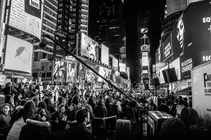 C-Teen Shabbaton Times Square kids from around the world0014.JPG