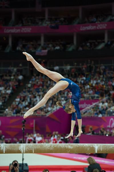 __02.08.2012_London Olympics_Photographer: Christian Valtanen_London_Olympics__02.08.2012__ND43561_final, gymnastics, women_Photo-ChristianValtanen