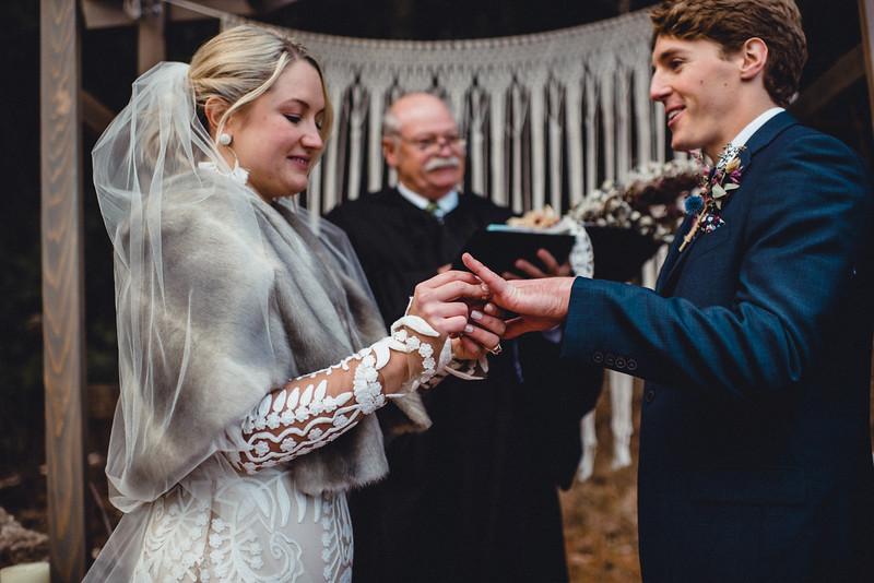 Requiem Images - Luxury Boho Winter Mountain Intimate Wedding - Seven Springs - Laurel Highlands - Blake Holly -1075.jpg