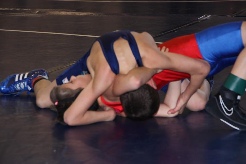 Middle School Wrestling Jan 22, 2011 088.JPG