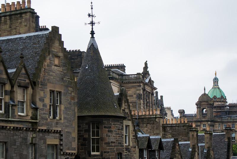Arrived in Edinburgh around 1 PM.  Great old architecture.