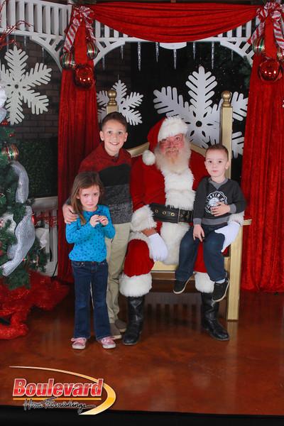 Santa 12-17-16-428.jpg