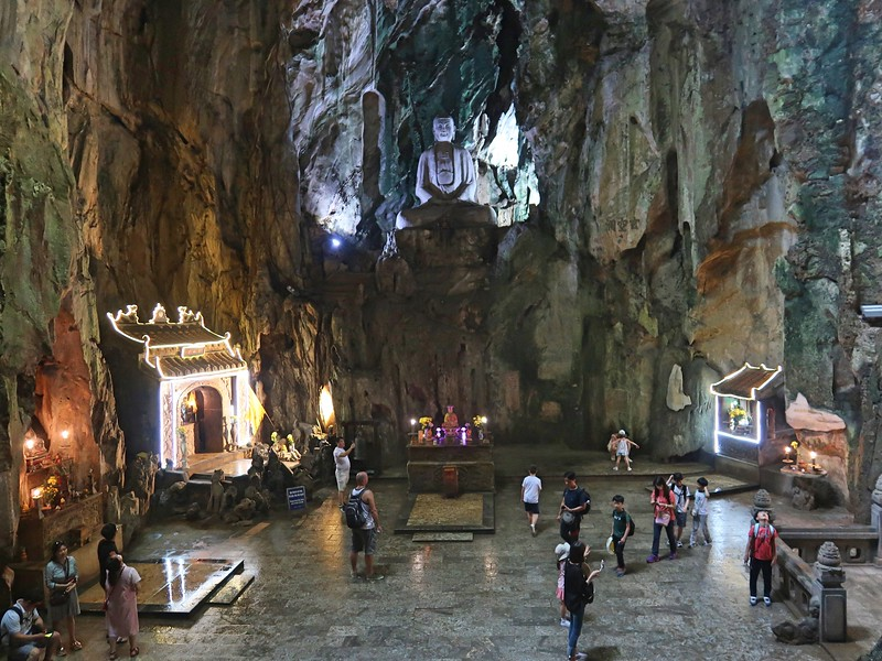 IMG_5721-marble-mountains-cave-interior.jpg