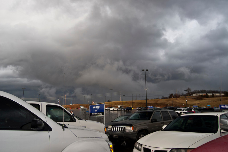 Severe storms moving through Glasgow, KY taken in the Wal-mart parking lot.