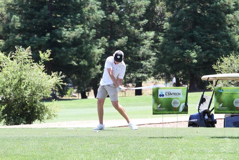 Momentum Golf Benefit-88.jpg