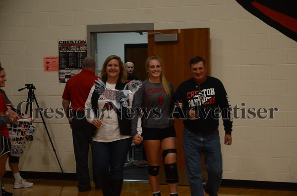 10-10 Creston-Harlan Volley Ball